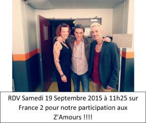 Sylvain Chanteur, Fandra Foto et Tex pose pour une photo